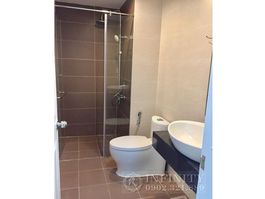 Bán căn hộ Everrich Quận 5 nội thất bao đẹp diện tích 80m2 - phòng vệ sinh