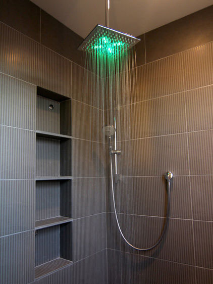 Simplifying Remodeling: Shower Lights Bathe Bathrooms in