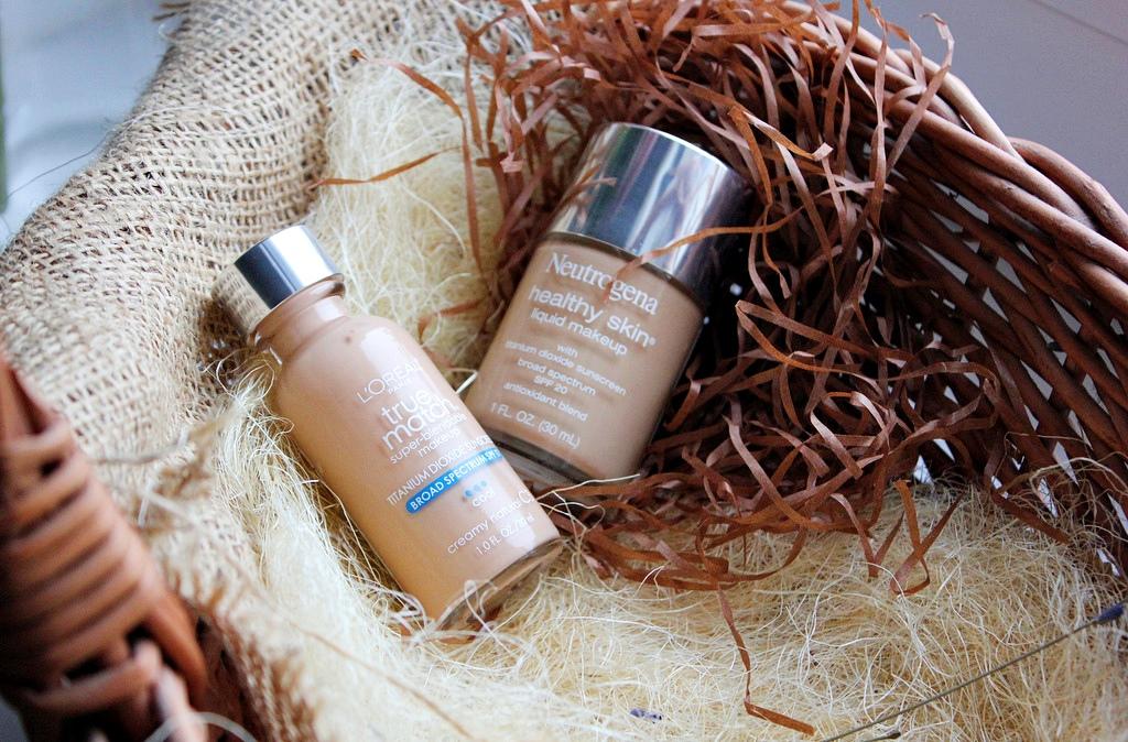 Два отличных тональных крема - L'Oreal True Match Super-Blendable Makeup и Neutrogena Healthy Skin Liquid Makeup / обзор, отзывы
