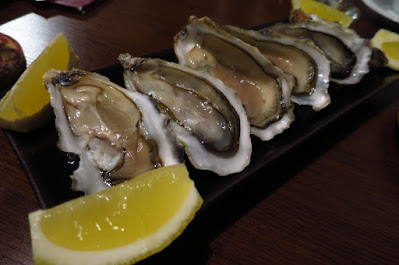 Perbacco, oysters