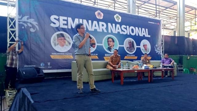 Rocky Gerung: Orkestra Pelemahan KPK Dipimpin Jokowi