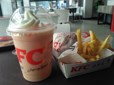 Combo-barbeque-burger-kfc