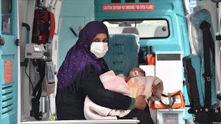تركيا تحضر طفل من سوريا للعلاج في أراضيها (صور)