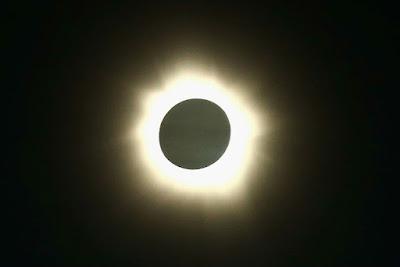 Hal- Hal Menarik Saat Gerhana Matahari Total Terjadi