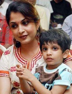 Shes Known As The Actress Who Acted In Five Languages Telugu Tamil Kannada Malayalam And Hindi She Married Film Director Krishna Vamsiand Gave