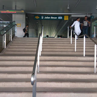 Stasiun MRT Dekat Central 65