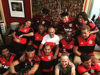 Artistas e ídolos do Flamengo