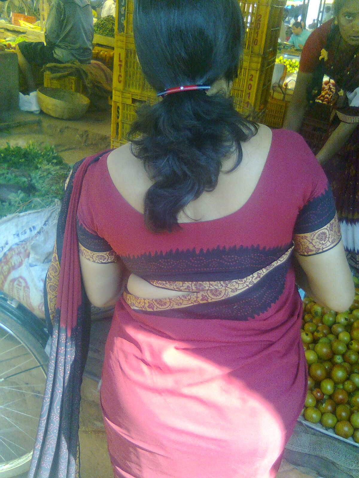 Mallu Aunty Free Photos Tamil Aunties Housewife Real Back -9775