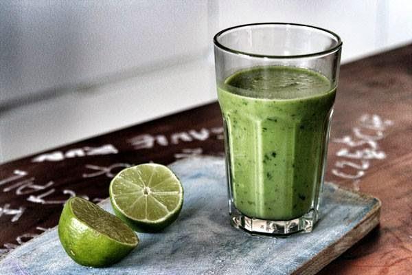 http://zielonekoktajle.blogspot.com/2014/05/pietruszka-avocado-limonka.html