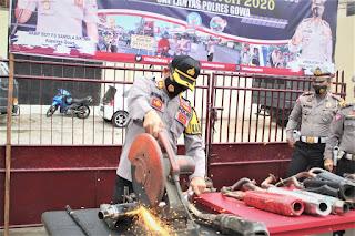 Bikin Bising Dijalan, Satlantas Polres Gowa Musnahkan Knalpot Racing Hasil Ops Patuh 2020