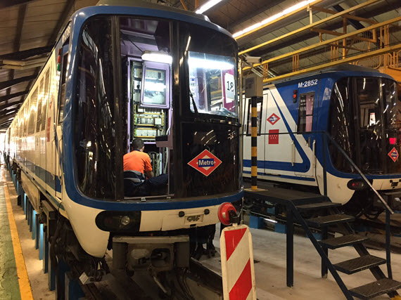 Apertura Automática De Puertas En Las Línea 1 Y 5 De Metro Es Por