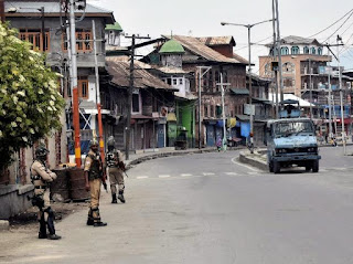 strike-continued-even-after-noon-in-kashmir-markets-open-on-sunday
