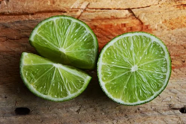 The Advantages of Lime for Facial Beauty