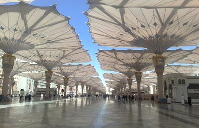 كم سعر مظلات الحرم النبوي