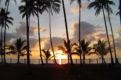 sol nascendo no camping na Ilha de Itaparica