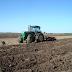 Inician roturación de terrenos para siembra de habichuelas en San Juan