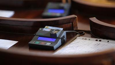епутатите насрочиха изборите за президент и вицепрезидент на 6-ти ноември 2016