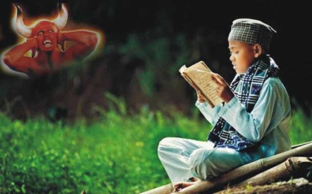 Jin Tak Berani Mengganggu Orang yang Membaca Ayat Kursi, Ini Rahasianya