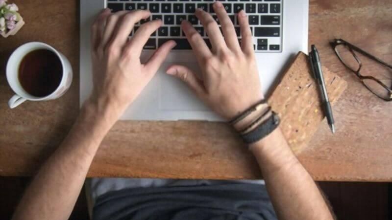 Cómo Ganar Dinero online como Copywriter 2021