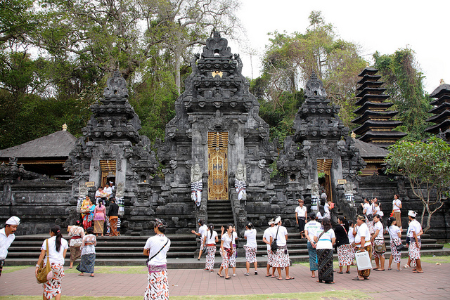 Goa Lawah ( bats cave ) is things to do in bali 13a