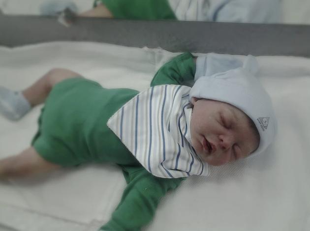 Как он прорвался? Женщина со спиралью родила ребенка и нашла в плаценте это