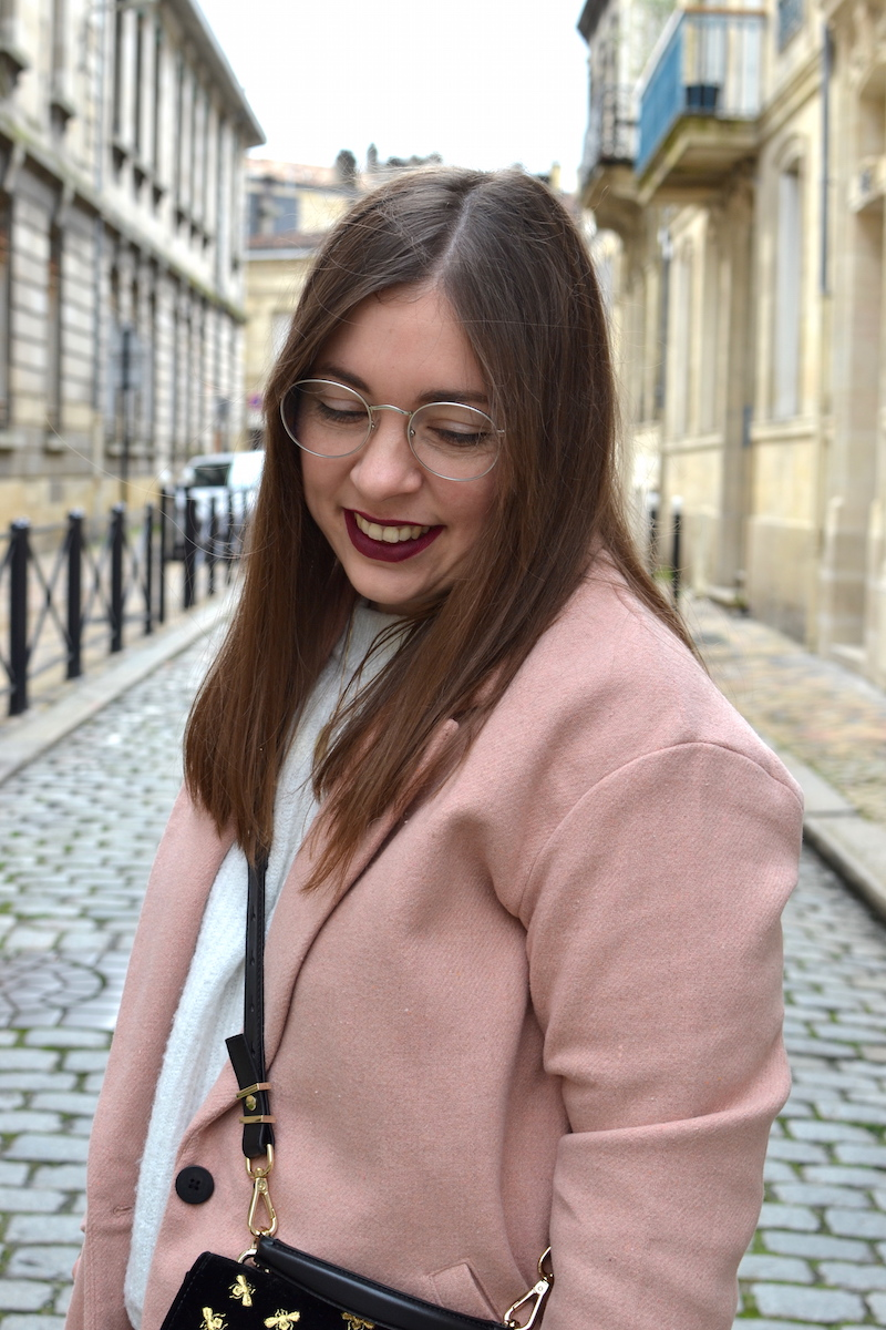 manteau rose Pull and Bear, pull blanc H&M