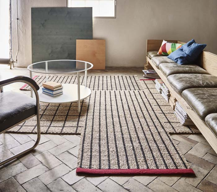 The Tilst Rug Is A Small Runner That S Handwoven In Sisal And Jute Making It Durable With Natural Colour Variations Coloured Bands Break Up