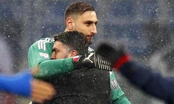 Demi Membeli Rodriguez atau Isco, AC Milan Rela Menjual Gianluigi Donnarumma - IGgigiodonna99