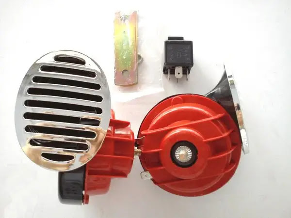 Jadikan Motor Anda Lebih Keren Dengan Aksesoris Penunjang motor Ini