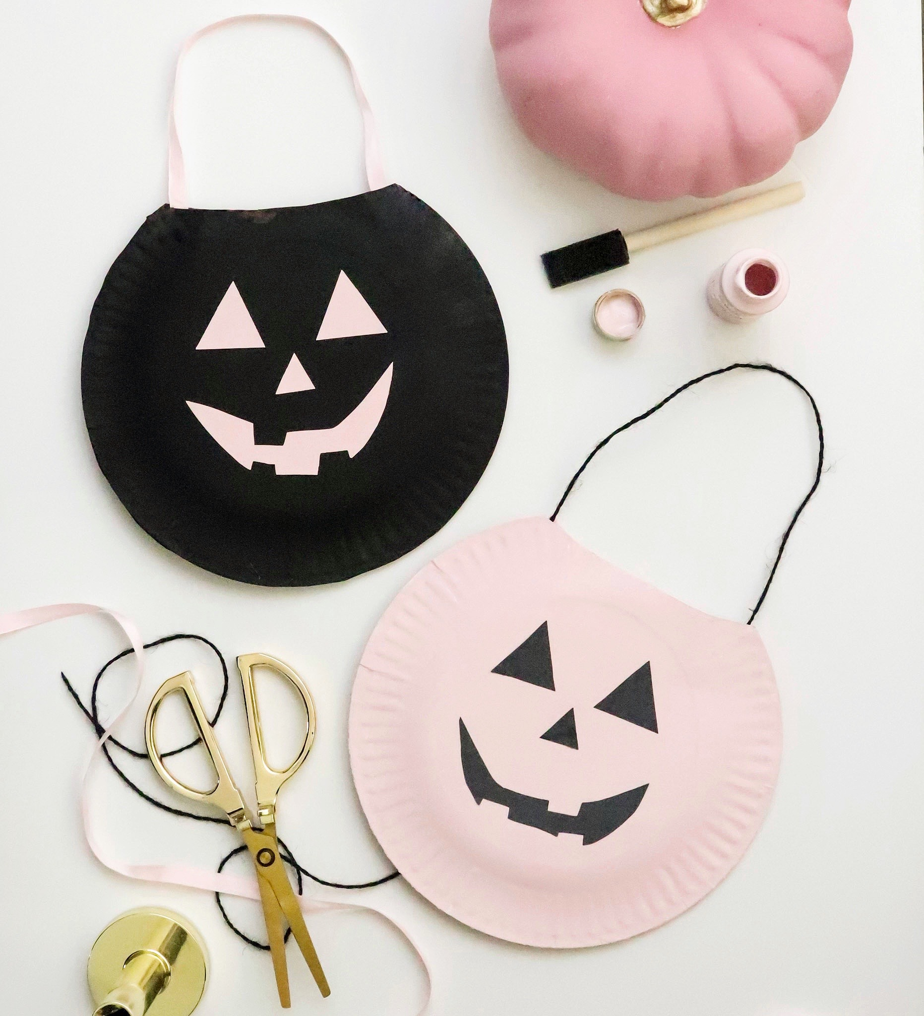 paper plate crafts pumpkin