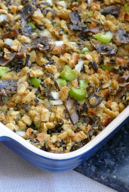 Blue casserole with baked stuffing