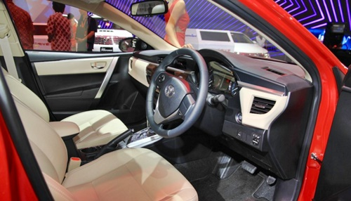 GIIAS 2015 New All Corolla Altis TRD
