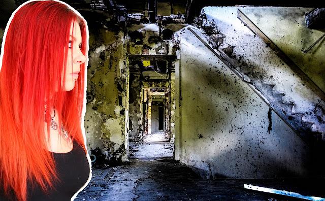 Miniature de ma vidéo you tube de moi fille aux cheveux rouges avec une photo prise dans un hotel abandonné avec un escalier detruit