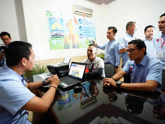 Sandiaga Uno Resmikan Rumah Siap Kerja Palembang