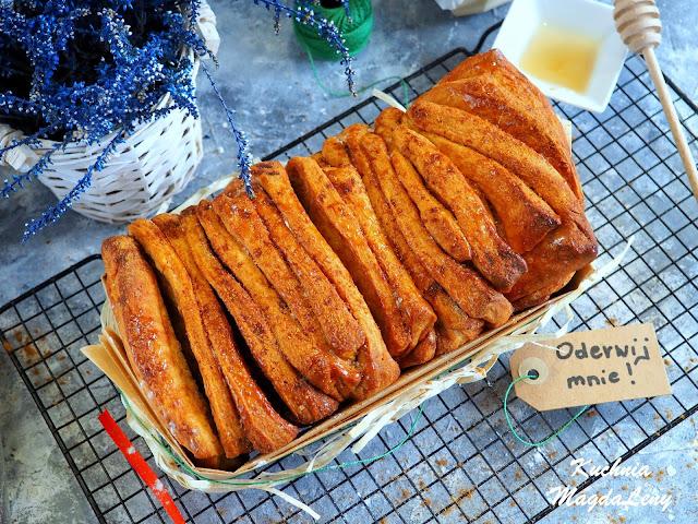 Odrywane ciasto marchewkowe