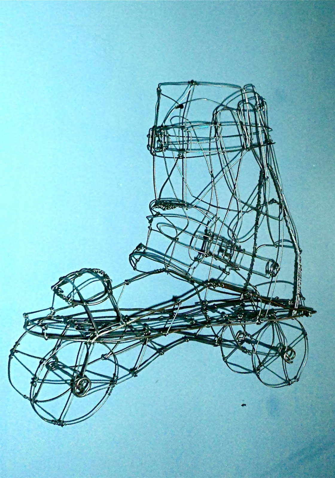 Z. Meunier Art Blog: wire frame sculpture, xsjado skate, wire armature