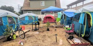 Oakland Residents Transform Abandoned Lot into Sanctuary for Camping Homeless Women
