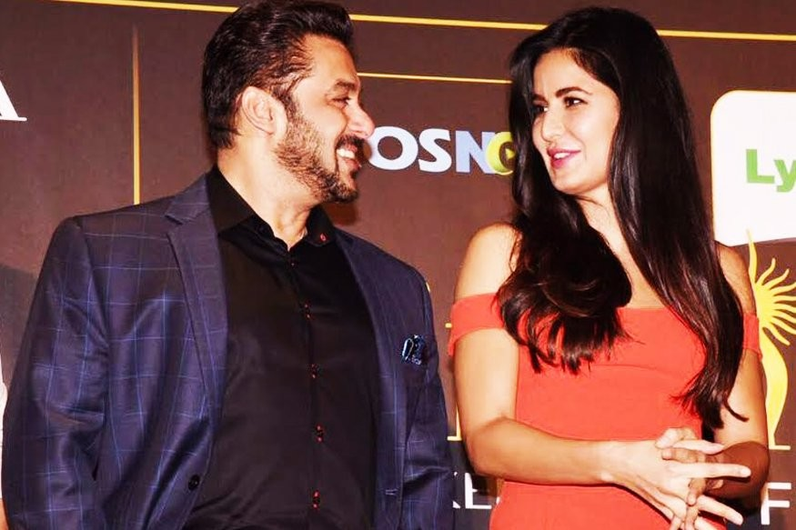 Salman Khan and Katrina at Event of IIFA