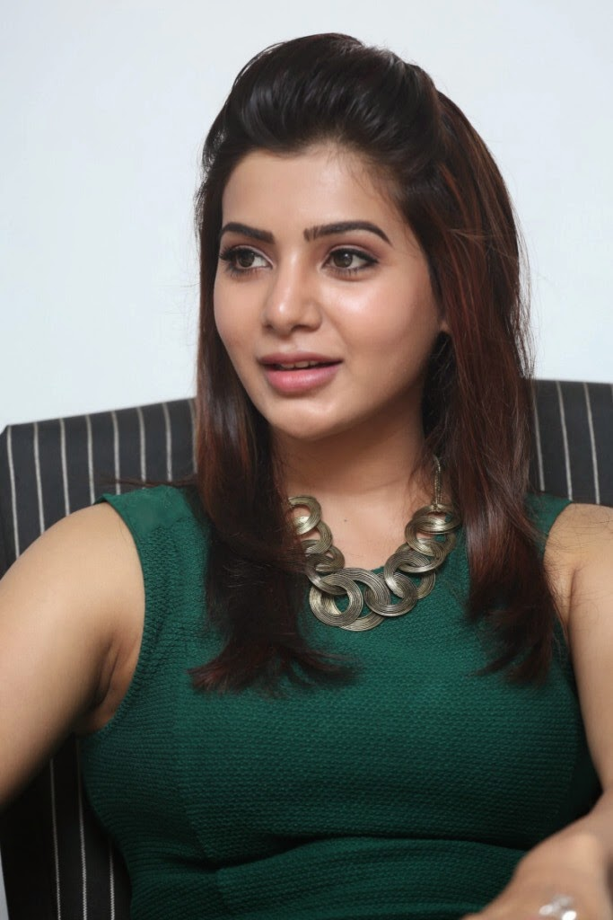 Hot Actress Samantha Photos In Green Dress