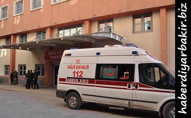 DİYARBAKIR- Kaza, sabah saatlerinde Diyarbakır-Bingöl yolu Çaytepe köyü mevkiinde meydana geldi.