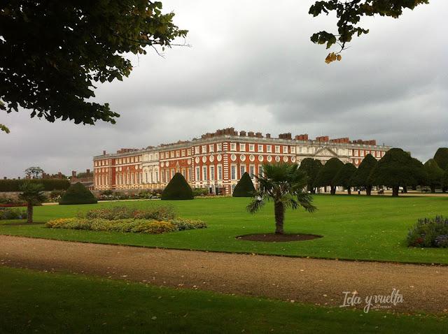 Hampton Court y sus jardines