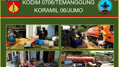 Babinsa Koramil 06 Jumo Bantu Droping Air Bersih Desa Binaan