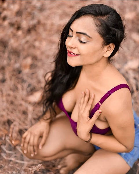 Bollywood Escorts in Delhi Independent Call Girls