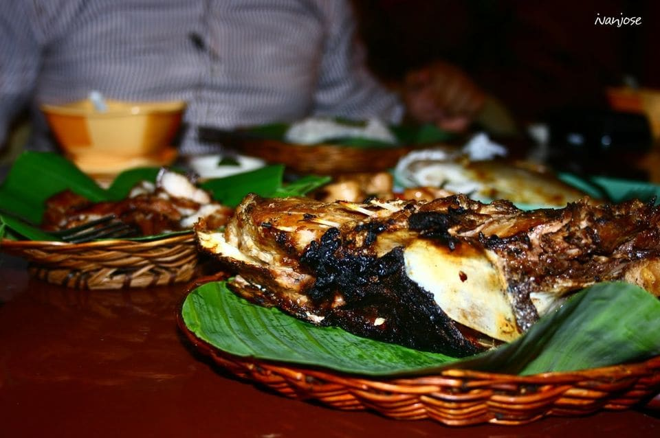 A feast of grilled tuna and seafood in a restaurant in Mindanao