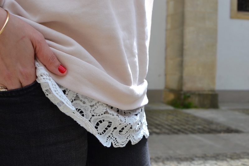 sweat cos a volant rose pastel et top en dentelle blanche Shein