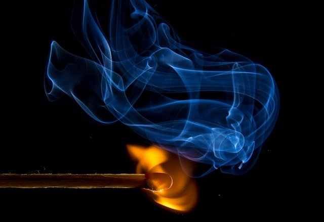 SMOKING HEALTH  EFFECTS : EVERYTHING YOU NEED TO KNO