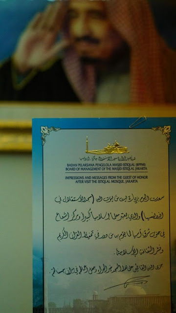 Ini Isi Tulisan Indah Raja Salman Dalam Kertas Pesan Dan Kesan Untuk Masjid Istiqlal