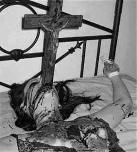 Dark Web, horror, croce, Gesù