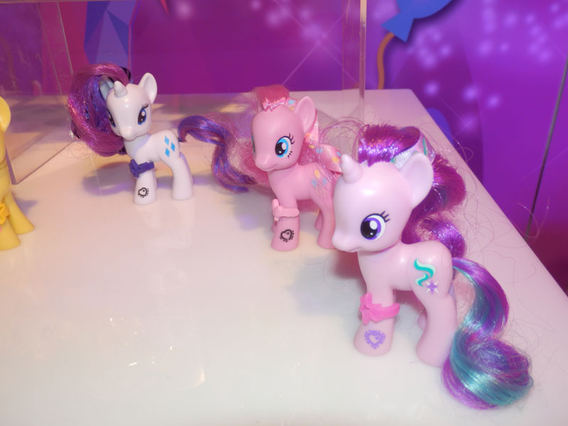 Rarity, Pinkie Pie & Unknown Pony Brushable at NY Toy Fair 2015
