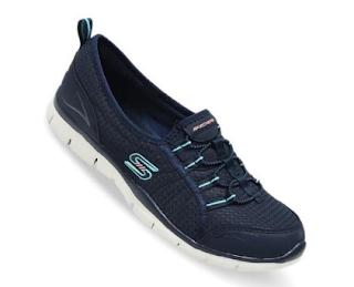 Membeli Sepatu di Skechers Official Store